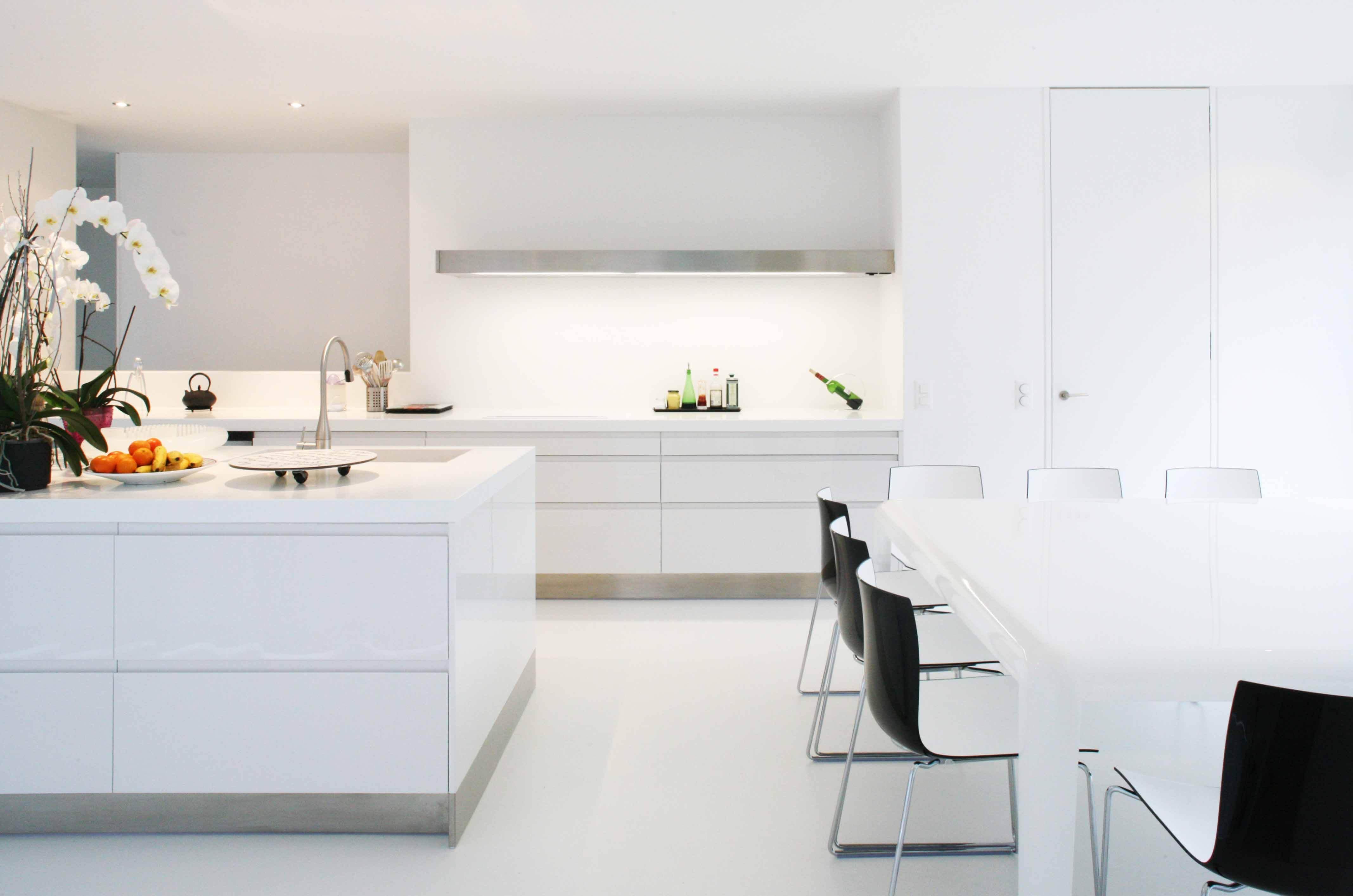 Villa contemporaine ch ne bougeries arclinea gen ve for Ambiance cuisine geneve